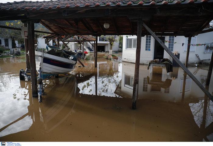 Χαλκιδική: Την «έπνιξε» η καταιγίδα - Τι είδαν οι υπουργοί
