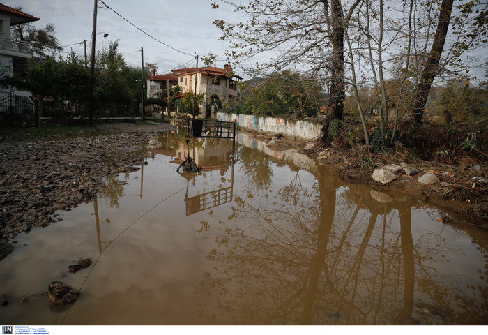 Χαλκιδική: Την «έπνιξε» η καταιγίδα - Τι είδαν οι υπουργοί - εικόνα 11