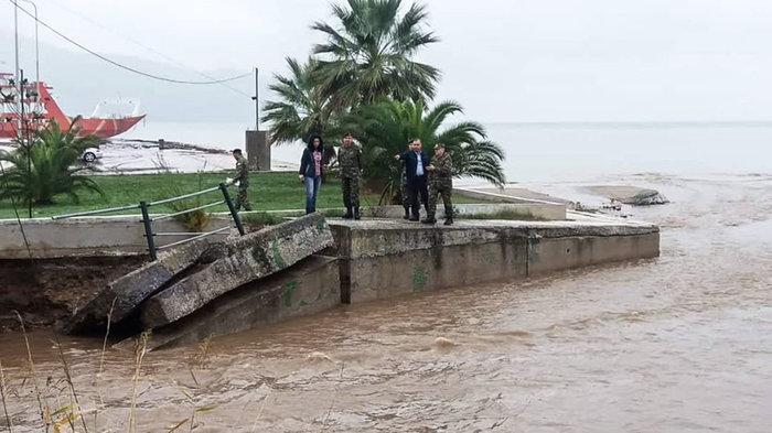 Εικόνες καταστροφής στη Θάσο - Μετράει τις πληγές του το νησί - εικόνα 6
