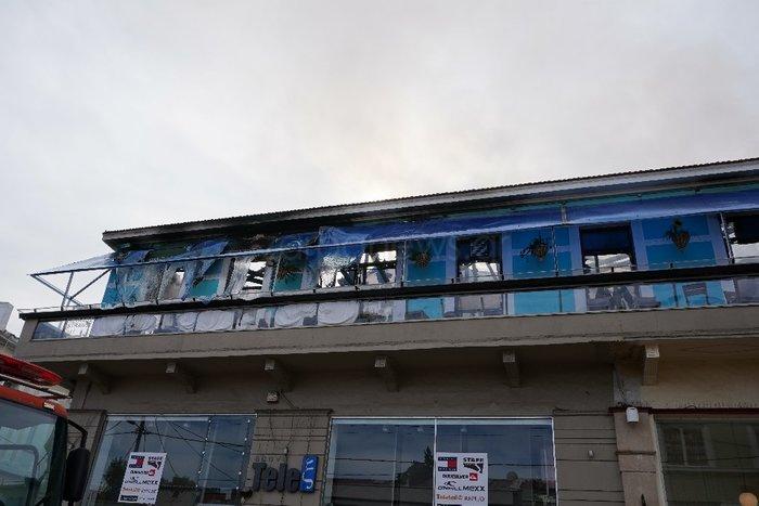 Κάηκε ολοσχερώς καφετέρια στο κέντρο των Χανίων - εικόνα 3
