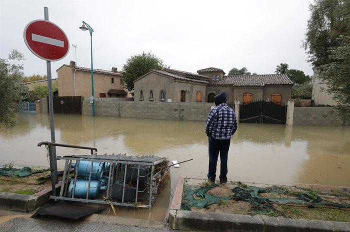 """""""Πνίγηκαν"""" από τις πλημμύρες Γαλλία και Ιταλία (φωτό) - εικόνα 2"""