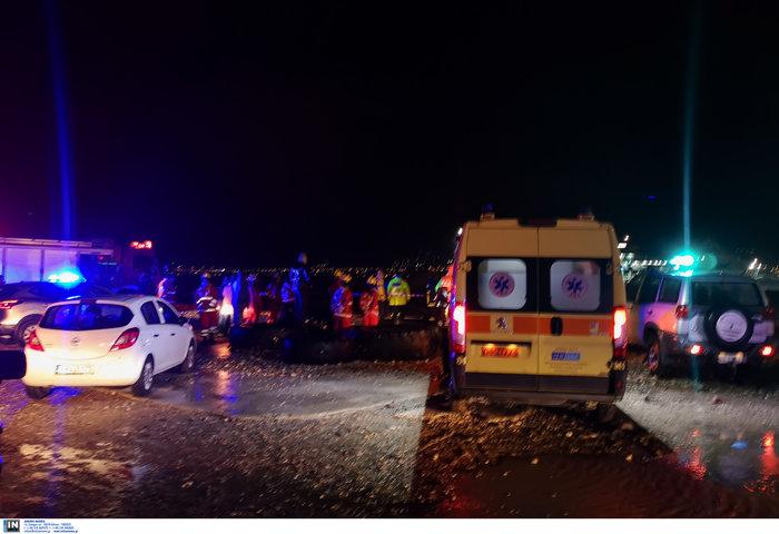Αναποδογύρισε σκάφος στο Αντίρριο - Ανασύρθηκε ένας νεκρός - εικόνα 2