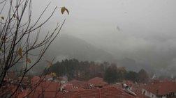 Χιονίζει στο Μέτσοβο -Στον 1 βαθμό Κελσίου ο υδράργυρος (βίντεο)