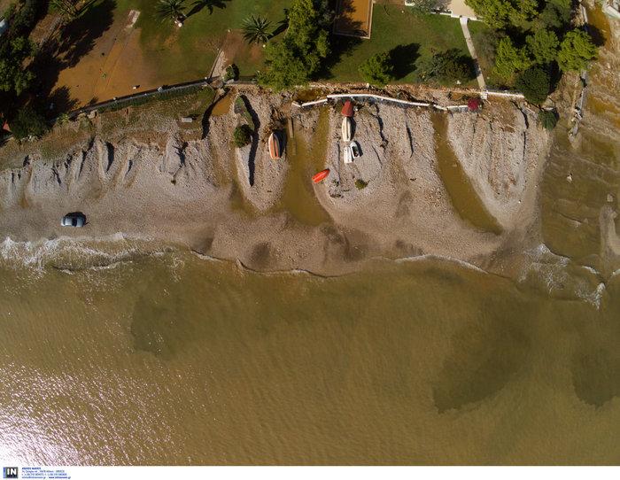 Ποτάμι λάσπης ολόκληρη η Κινέτα -  Εικόνες από drone - εικόνα 4