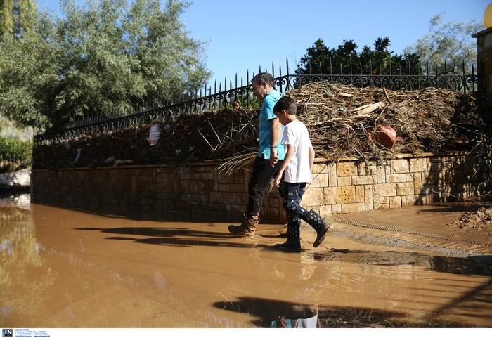 """Καρέ-καρέ η """"βιβλική"""" καταστροφή στην Κινέτα - Δείτε τις εικόνες - εικόνα 2"""