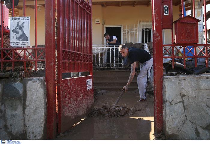 """Καρέ-καρέ η """"βιβλική"""" καταστροφή στην Κινέτα - Δείτε τις εικόνες - εικόνα 3"""