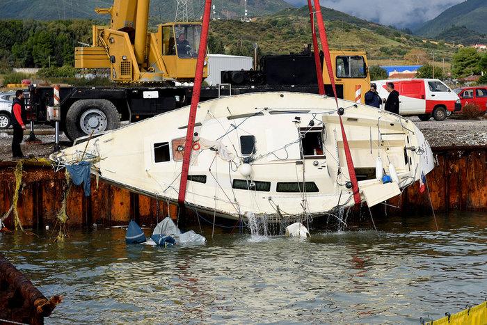 Ανατροπή: Ελληνες και όχι Γάλλοι οι δύο νεκροί στο Αντίρριο - εικόνα 2