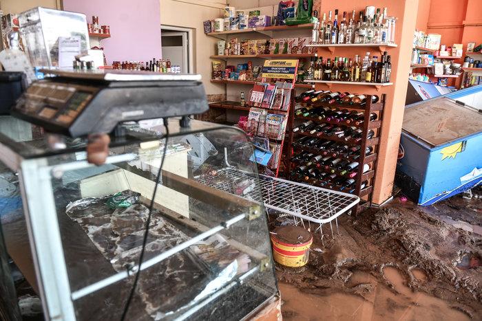 Μινι μάρκετ έγινε «χωματερή» στην Κινέτα - Φωτο - εικόνα 6