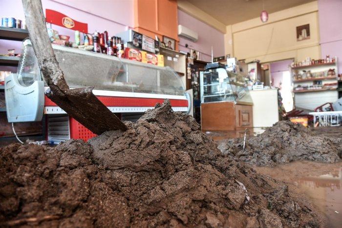 Μινι μάρκετ έγινε «χωματερή» στην Κινέτα - Φωτο - εικόνα 7