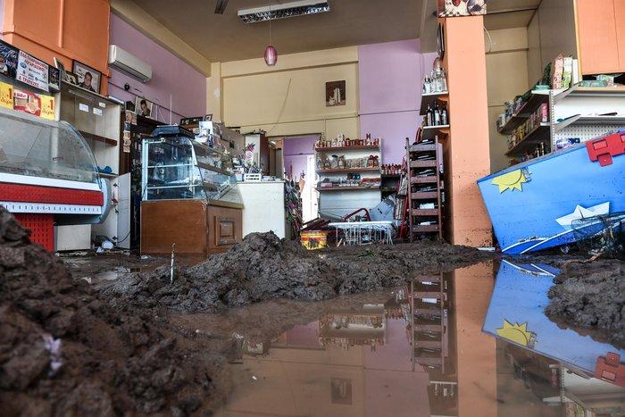 Μινι μάρκετ έγινε «χωματερή» στην Κινέτα - Φωτο - εικόνα 8