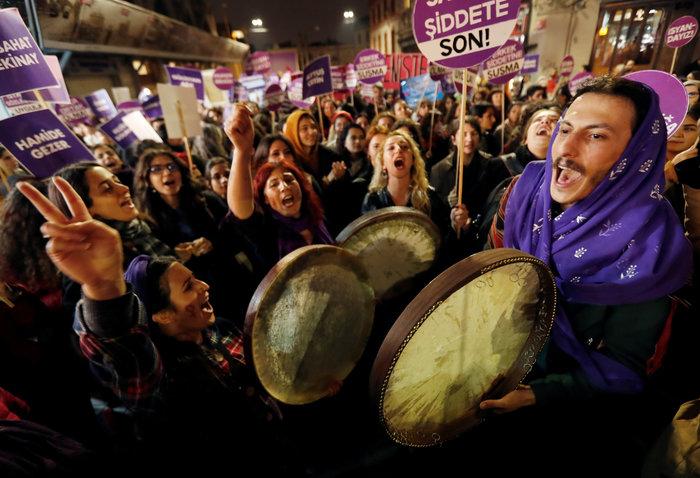 Τουρκία: Η αστυνομία διέλυσε διαδήλωση κατά της βίας σε βάρος των γυναικών - εικόνα 3