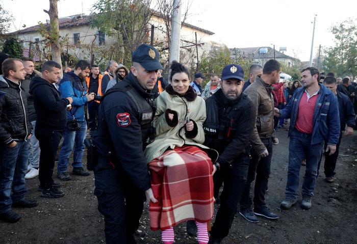 Δέκα νεκροί και εκατοντάδες τραυματίες από τα 6,4 Ρίχτερ στην Αλβανία - εικόνα 3