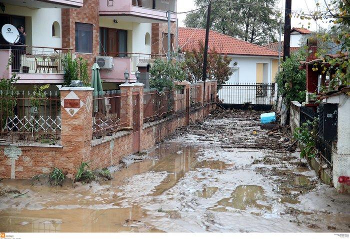Εικόνες καταστροφής και στη Χαλκιδική από την κακοκαιρία - εικόνα 2