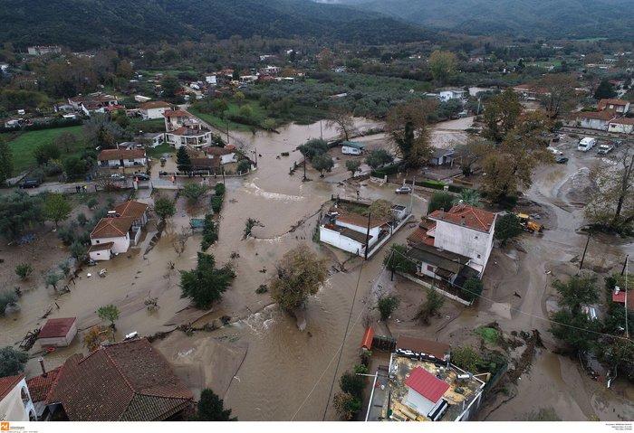 Εικόνες καταστροφής και στη Χαλκιδική από την κακοκαιρία - εικόνα 8