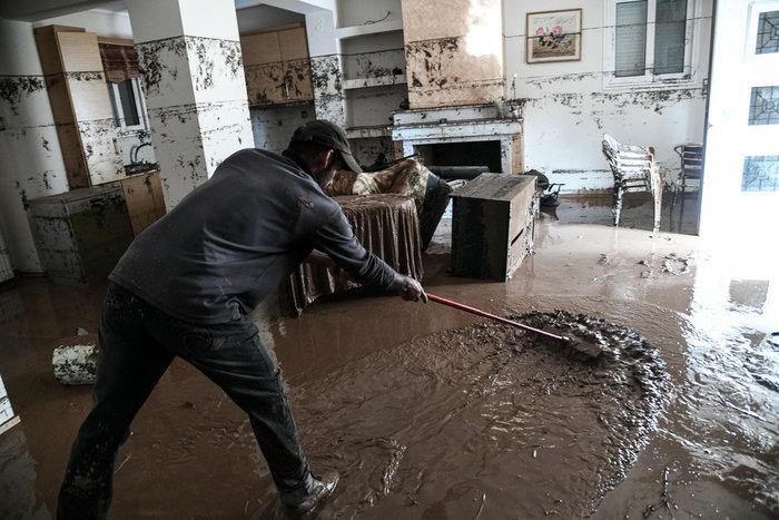 Σοκ: Σπίτι στην Κινέττα μετατράπηκε σε χωματερή - εικόνα 2