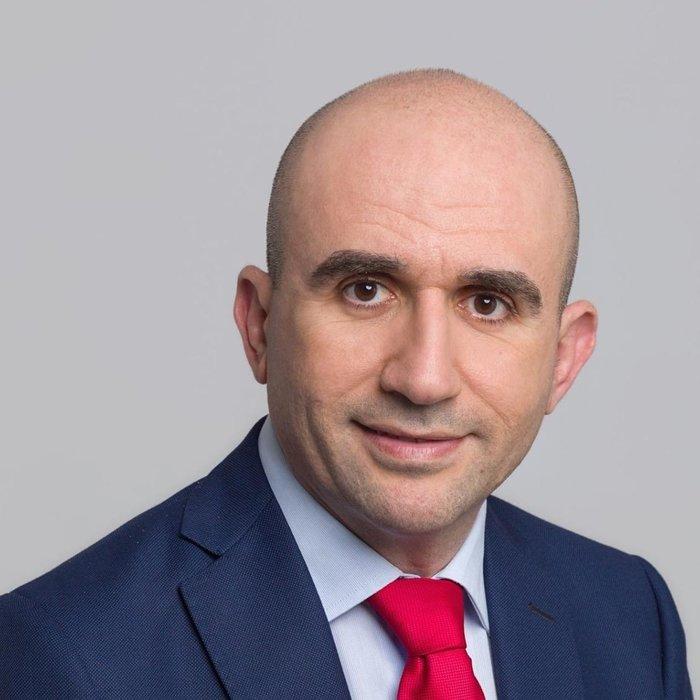 Γρηγόρης Λέων – Πρόεδρος του Κέντρου Υποδοχής και Αλληλεγγύης του δήμου Αθηναίων