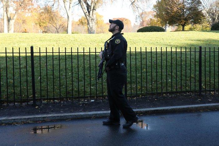 Συναγερμός σε Λευκό Οίκο και Καπιτώλιο λόγω ύποπτου αεροπλάνου - εικόνα 2