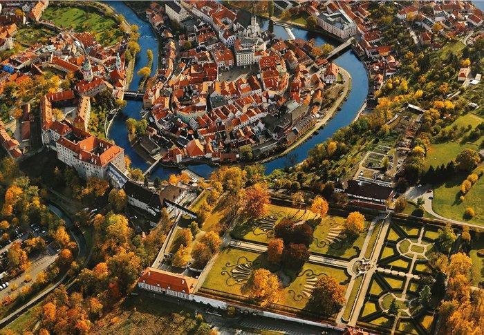 Η έκθεση με τα ωραιότερα κάστρα της Τσεχίας στο Μ. Κακογιάννης - εικόνα 2