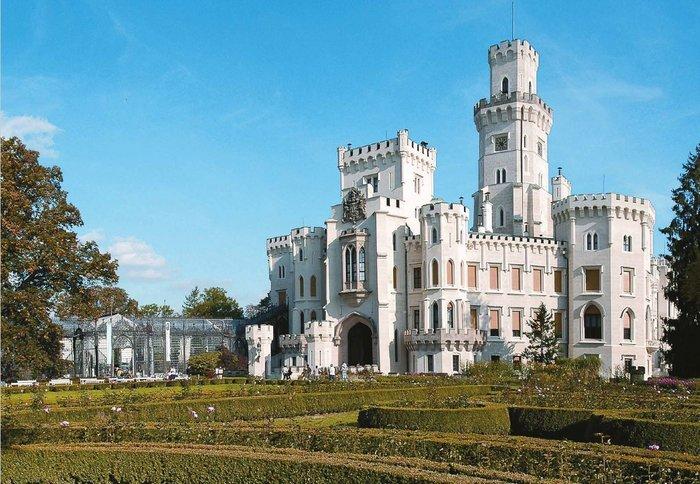 Η έκθεση με τα ωραιότερα κάστρα της Τσεχίας στο Μ. Κακογιάννης - εικόνα 3