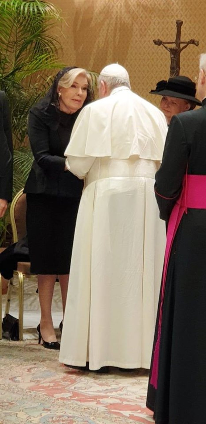 Μαριάννα Βαρδινογιάννη: Συνάντησε τον Πάπα Φραγκίσκο στο Βατικανό [Εικόνες]