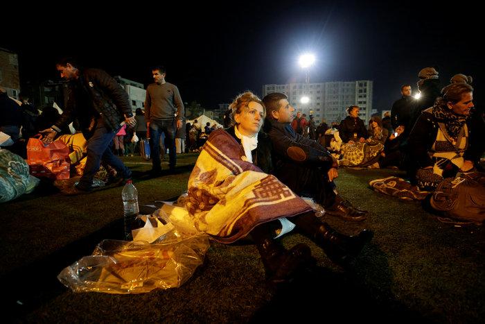 Χάος στην Αλβανία - Σε πρόχειρες σκηνές χιλιάδες σεισμόπληκτοι - εικόνα 4