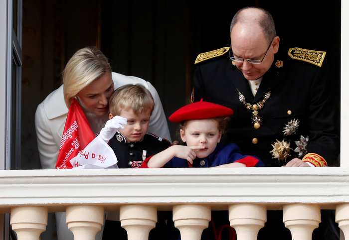 Πριγκίπισσα Σαρλίν: Τα δίδυμα είναι δίγλωσσα, τα μεγαλώνω χωρίς νταντάδες - εικόνα 4