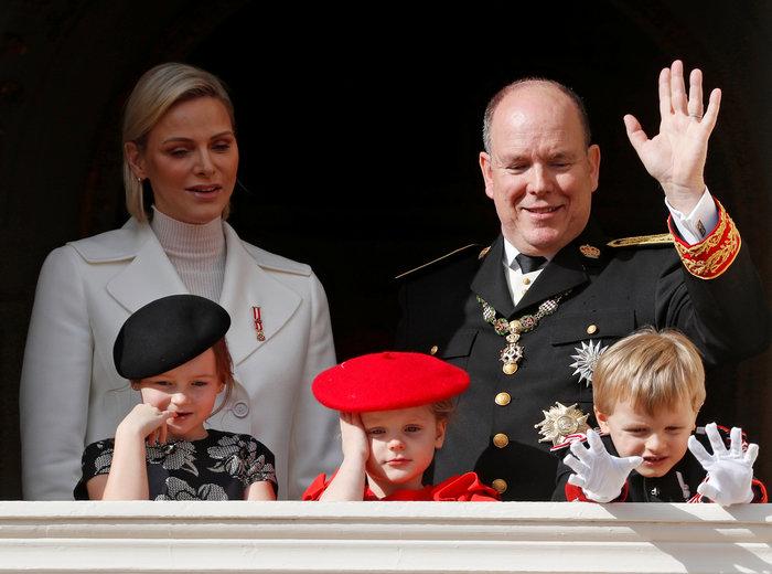 Πριγκίπισσα Σαρλίν: Τα δίδυμα είναι δίγλωσσα, τα μεγαλώνω χωρίς νταντάδες - εικόνα 7
