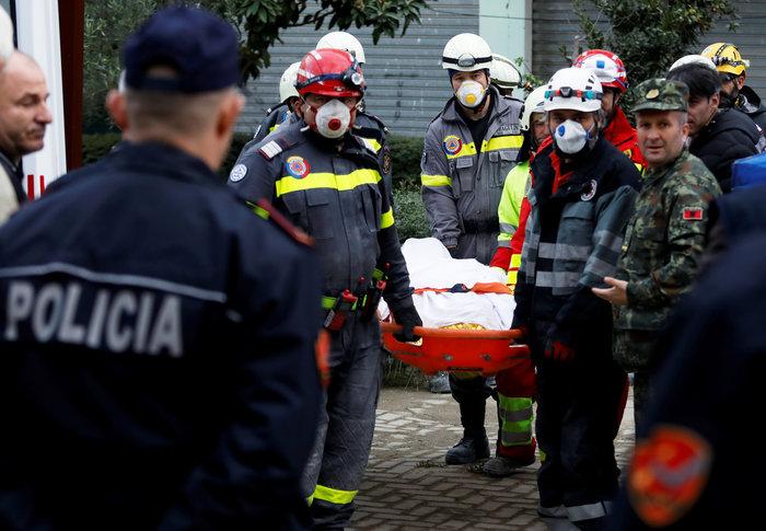 Αλβανία: 47 νεκροί, 900 τραυματίες, 2.000 διαλυμένα σπίτια - εικόνα 3