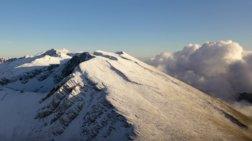 Επιτέλους: 'Έπεσαν τα πρώτα χιόνια στον Παρνασσό [βίντεο]