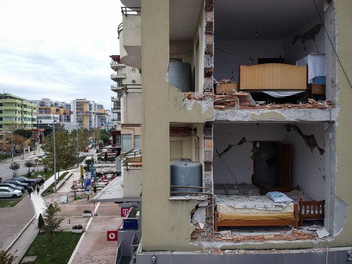 Tραγωδία χωρίς τέλος: Εφτασαν τους 50 οι νεκροί στην Αλβανία - εικόνα 3