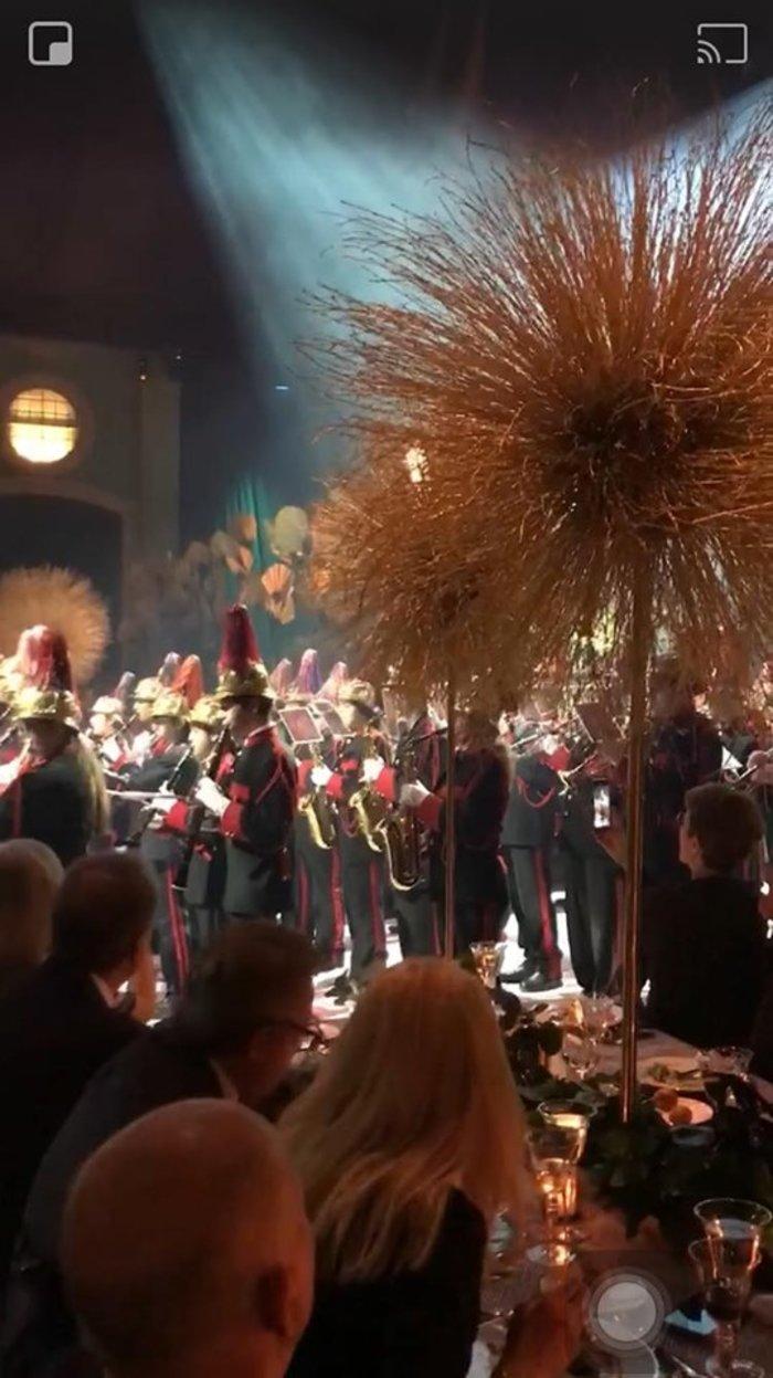 Γάμος Καίσαρη:Χολιγουντιανό πάρτι σε αποθήκη στο Ελληνικό που έκαναν παλάτι - εικόνα 6