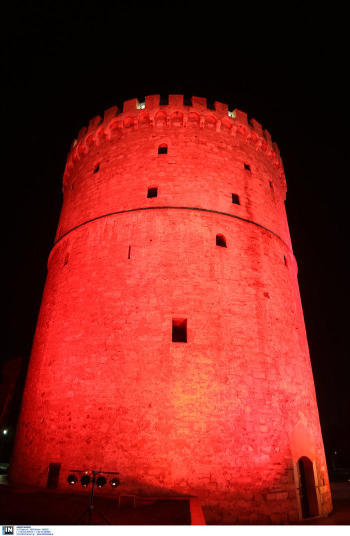 Ο Λευκός Πύργος... κοκκίνησε [εικόνες & βίντεο] - εικόνα 6