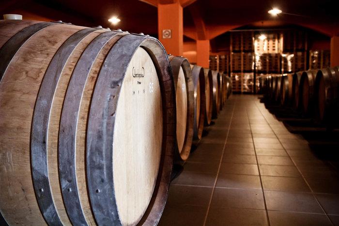 Ποιο κρητικό κρασί έχει τη σφραγίδα της Βασίλισσας Ελισάβετ - εικόνα 6