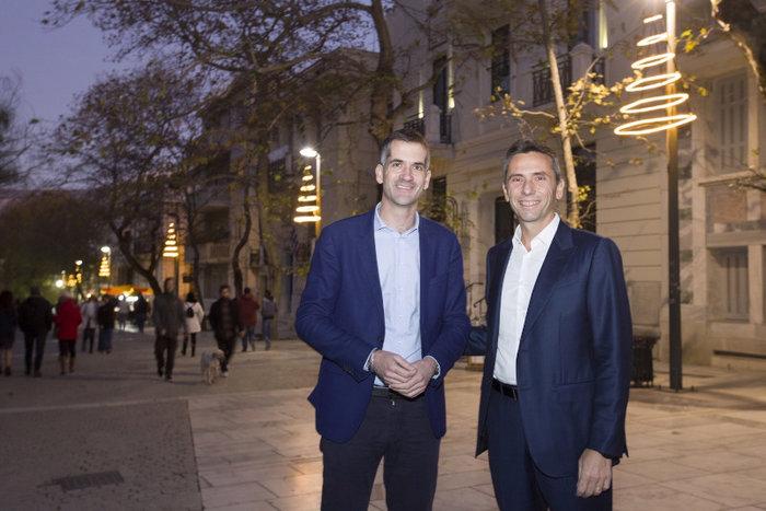 Ο Δήμαρχος Αθηναίων, κ. Κώστας Μπακογιάννης μαζί με τον Πρόεδρο και Διευθύνοντα Σύμβουλο της Παπαστράτος, κ. Χρήστο Χαρπαντίδη.