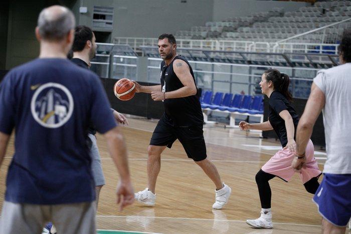 Η ΝΔ πήρε μπάλα και παίζει μπάσκετ [εικόνες] - εικόνα 5