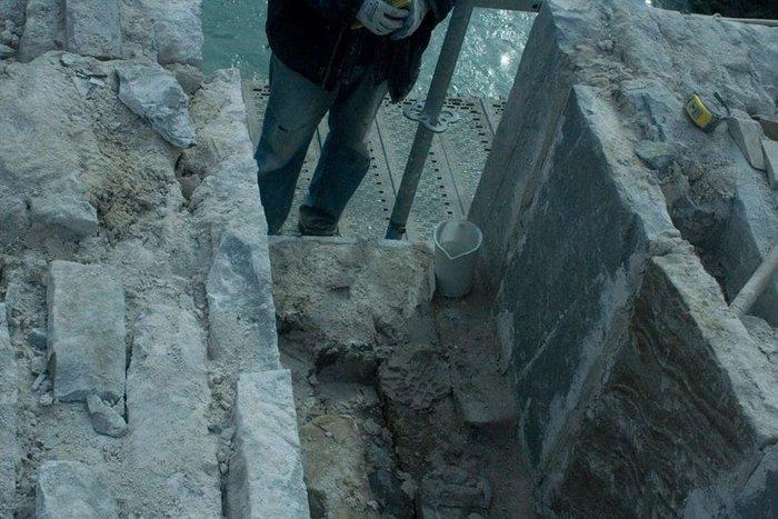Προχωρούν οι εργασίες για το ιστορικό γεφύρι της Πλάκας