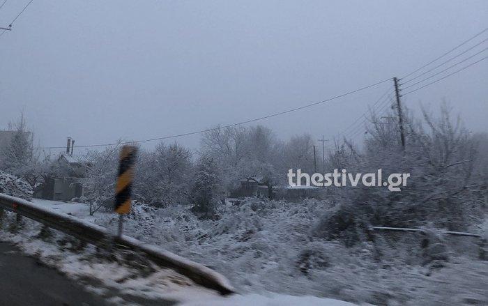 Στα «λευκά»... ξύπνησε και η Θεσσαλονίκη [εικόνες & βίντεο] - εικόνα 3