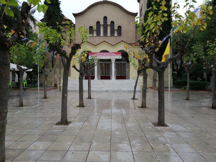 Πέντε πλατείες στους Αμπελοκήπους παραδίδονται καθαρές - εικόνα 2