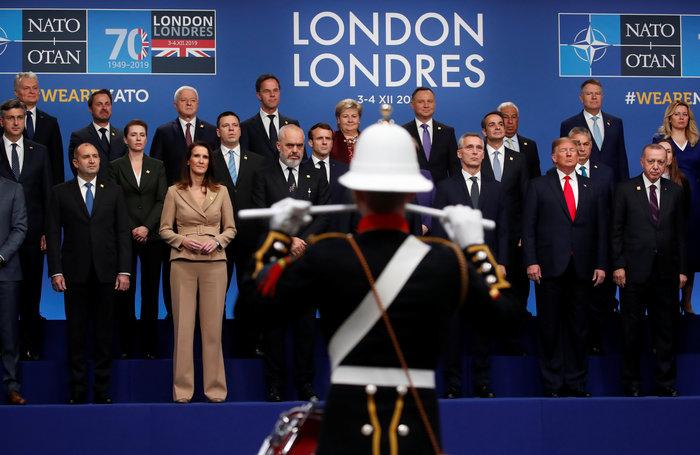 Φονικά βλέμματα Μέρκελ-Μακρόν σε Τραμπ σήμερα στο ΝΑΤΟ - εικόνα 2