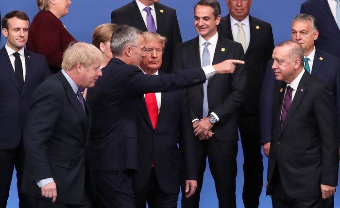 Φονικά βλέμματα Μέρκελ-Μακρόν σε Τραμπ σήμερα στο ΝΑΤΟ - εικόνα 5