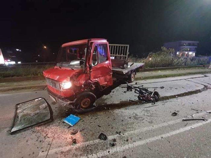 Εικόνες-σοκ από τροχαίο στην Ξάνθη: Σκοτώθηκαν 2 νεαρά αδέρφια