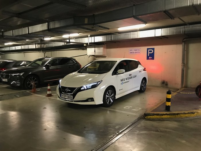 Test drive ηλεκτρικών αυτοκινήτων στο γκαράζ της Βουλής