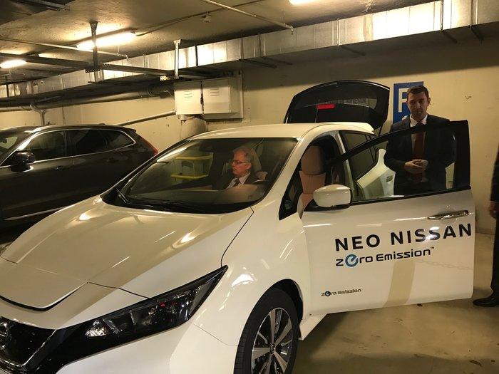 Test drive ηλεκτρικών αυτοκινήτων στο γκαράζ της Βουλής - εικόνα 3