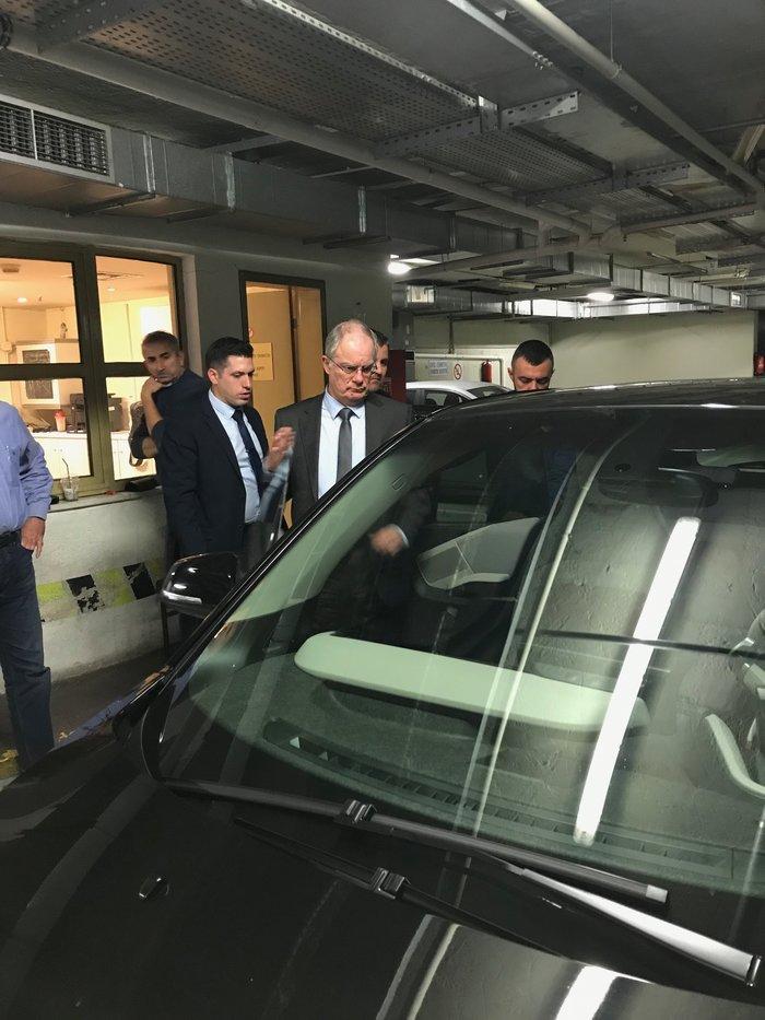 Test drive ηλεκτρικών αυτοκινήτων στο γκαράζ της Βουλής - εικόνα 5