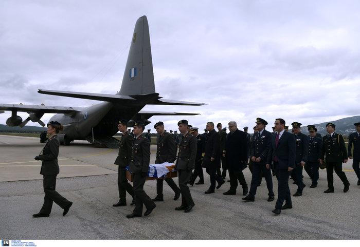 Επέστρεψαν στην Ελλάδα τα λείψανα έξι ηρώων της Κύπρου - εικόνα 2