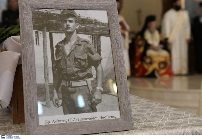 Επέστρεψαν στην Ελλάδα τα λείψανα έξι ηρώων της Κύπρου - εικόνα 12