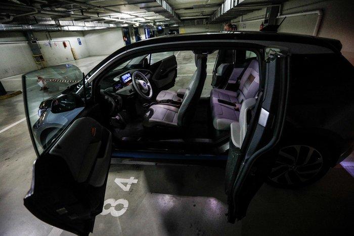 Βουλή: Αυτό είναι το γκαράζ ηλεκτρικών αυτοκινήτων [εικόνες] - εικόνα 3