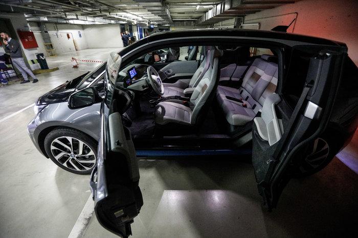 Βουλή: Αυτό είναι το γκαράζ ηλεκτρικών αυτοκινήτων [εικόνες] - εικόνα 7