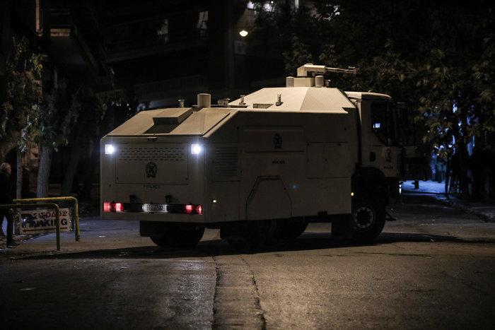 Μολότοφ, τραυματίες & συλλήψεις σε Αθήνα, Πάτρα, Θεσσαλονίκη - εικόνα 8