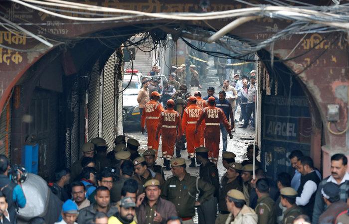 Τραγωδία στην Ινδία: 43 νεκροί από πυρκαγιά σε εργοστάσιο - εικόνα 2